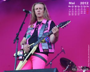 Wallpaper: Kalender Mai 2012 - Vito C.