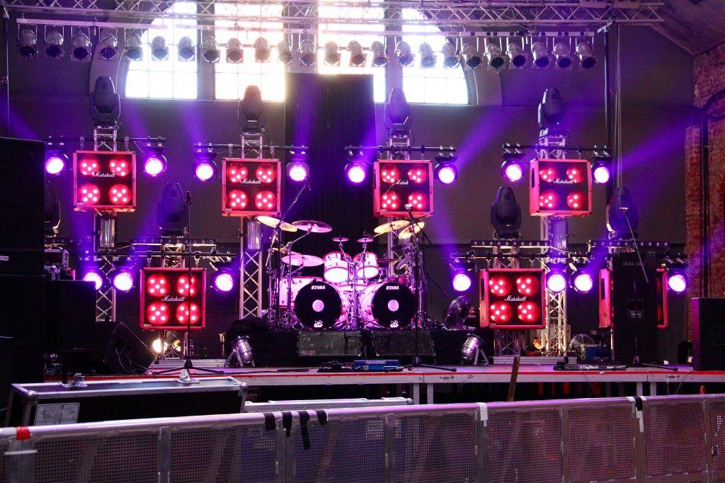 Bühnenaufbau Killer Tour 2011 - Foto: Andrea Jaeckel-Dobschat