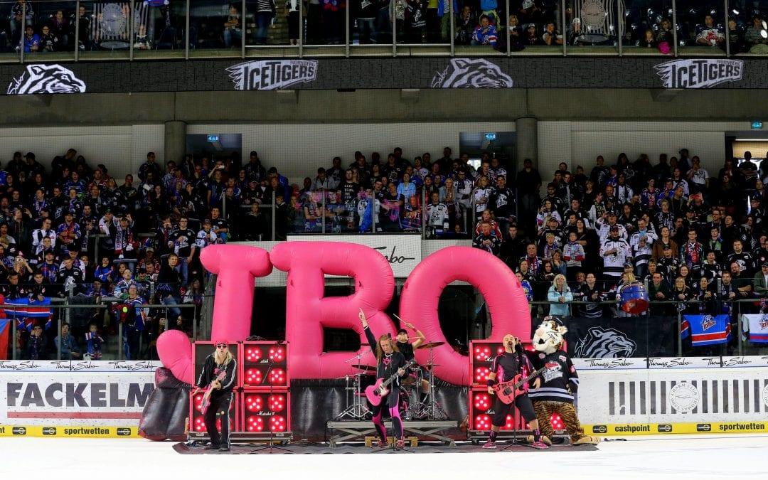 So sehen Sieger aus: J.B.O. Supporten Ice Tigers