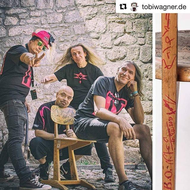 """Instagram: """"Nein, tobis-stuhlprojekt.de hat nichts mit Fäkalien zu tun…"""""""