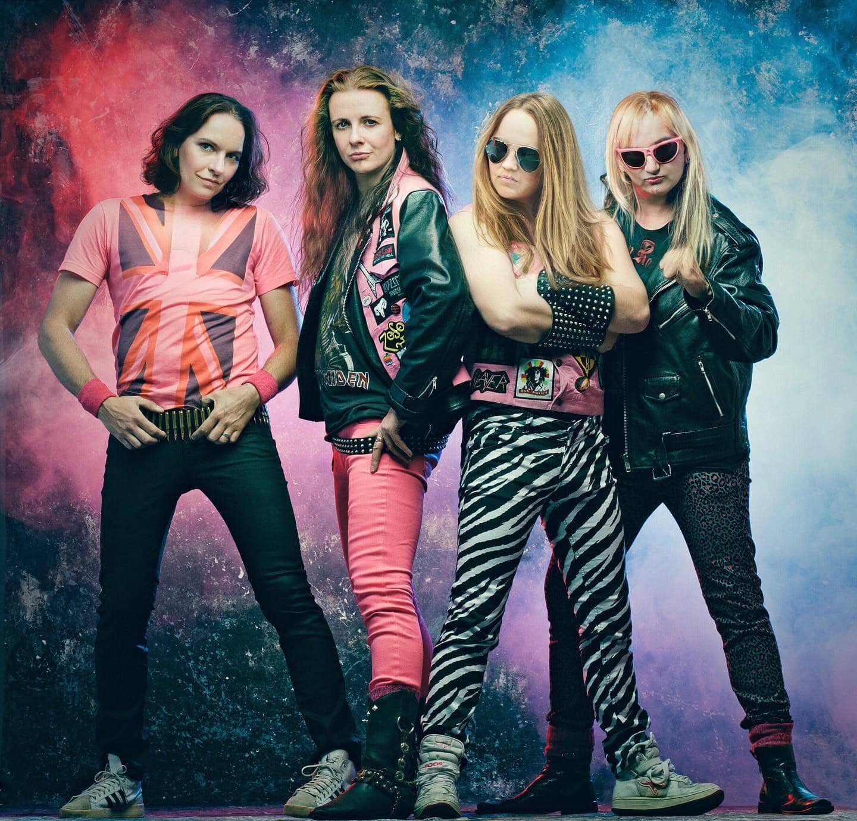 Na, mögt Ihr diese Girl-Band? 😁 Welches Bunny ist Euer Fave? 😜 Pic.: @huckleberryking @derbunne #genderchange #faceapp #girlband #girlsgirlsgirls #geschlechtertausch #jungsundmädels #bandfoto #bandfotospaß #Rockband #metalband #jbo #gender #geschlecht